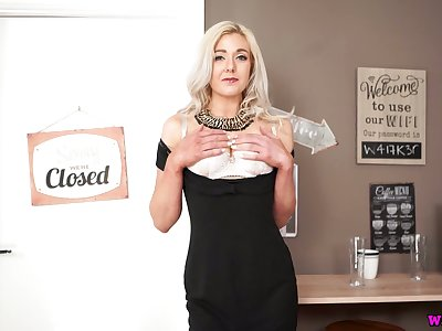 Blond milf Sapphire takes off sexy dress and shows striptease