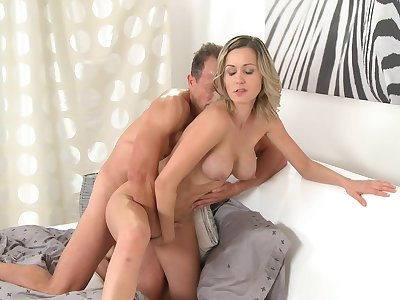 Momxxx video: new mom