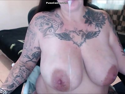 Milk MOM NY Prexy and BIG BIG TITS in Pregnancy