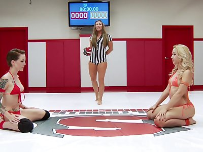 Catfight in a MMA ring with pornstars Ariel X and Lint Kara