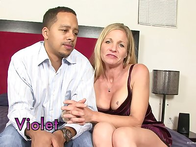 Amateur mature drops on her knees to suck a fruitful dick and gets fucked