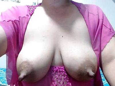 Asin milf with great nipples fucks