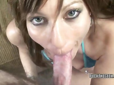 Brunette housewife Brandi Hussy is with reference to her X-rated bikini and swallowing a stiff cock